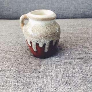 古董小花瓶