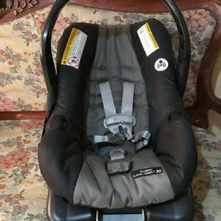 Graco Snugride Classic Connect Carseat