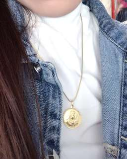 Gold Medallion Pendant