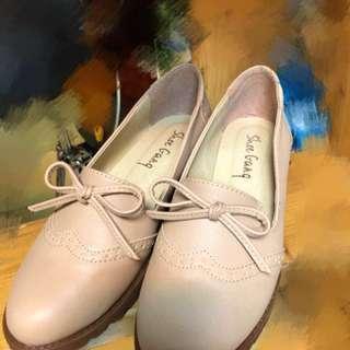 可愛百搭裸粉娃娃鞋