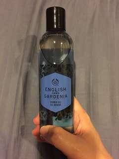 English Dawn Gardenia Showel Gel and Polynesian Island Tiare Shower Gel