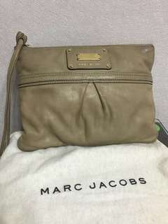 Marc jacobs pouch bag