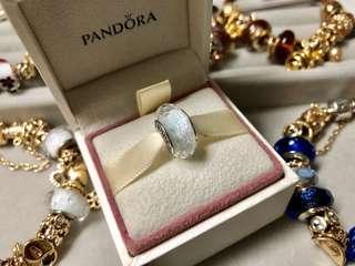 PANDORA glass charm 白色