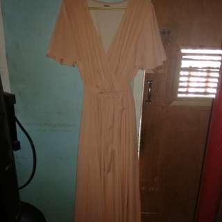Pre-loved formal dress in peach