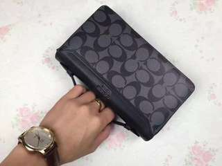 Coach Men clutch / wallet