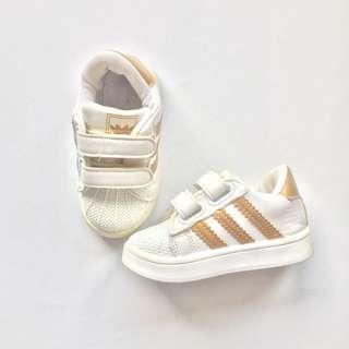Sepatu adidas Fashion baby