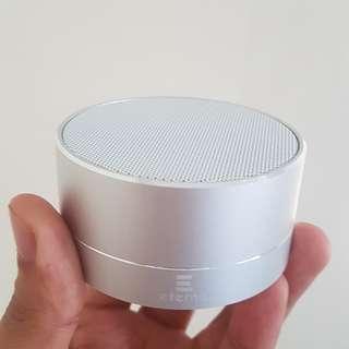 """Bluetooth Speaker """"ETERNO"""" W/ Built In FM Radio"""