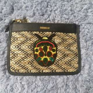 PERNELLE Clutch 甲蟲袋
