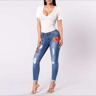 {freepost} 🆕Embroidered Ripped Jeans #Fesyen50