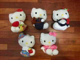 Preloved Hello Kitty Collectibles from McDonalds's. Selling in a bundle. 5 for RM20. Some minor stains (watercolor paint). #Bajet20