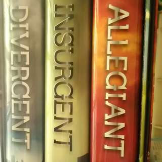 Divergent trilogy (hardcover)