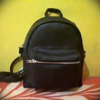 Black Mini Backpack. Tas Ransel Kecil.