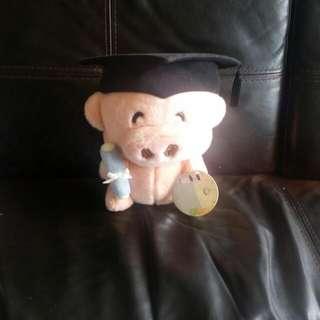麥豬大學畢業