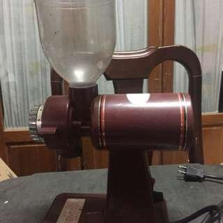 🚚 咖啡豆磨碎機