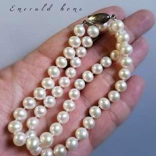 自家緬甸玉石珠寶完美追求者之選 。 價格: $2,500HKD SALE 玉石: 淡水海南島真珠 色澤: 帶彩 鑲嵌: 純銀扣 尺寸: 6mm-8mm 21mm
