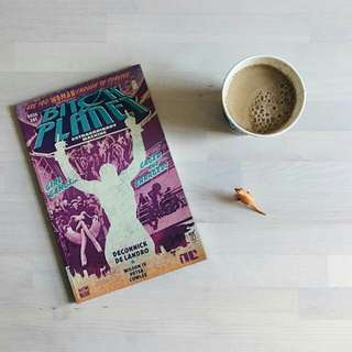 Bitch Planet Book #1 (Extraordinary Machine)
