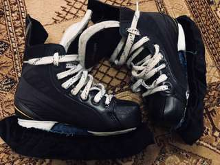 Bauer 140 (Ice skating / Ice hockey)