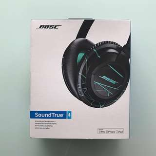 Bose Soundtrue Around-Ear Headphones