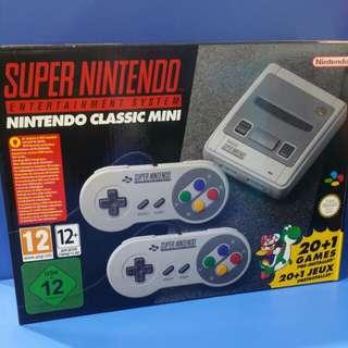 SNES Classic Mini (controller color version)