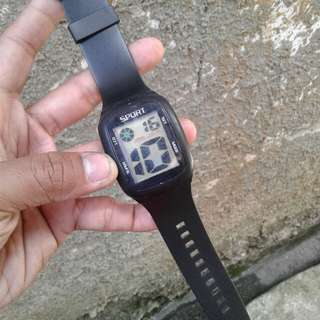 jam digital mirip swatch touch