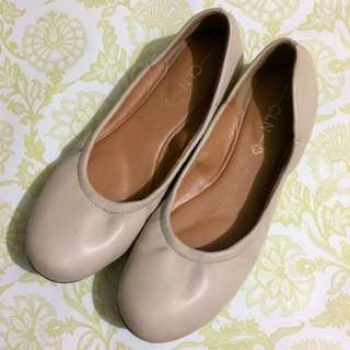 🎁CLN Nude Doll Shoes