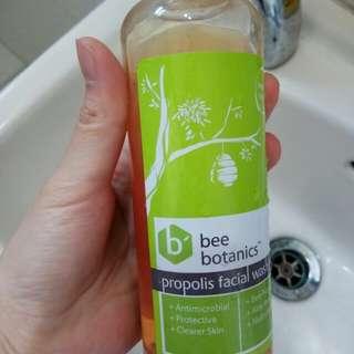 Bee botanic