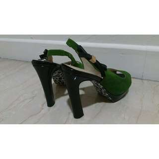 Green Velvet Shoes With Leopard Print Soles (Phoenix Brand)