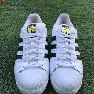 Adidas Superstar Size 9 US