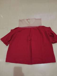 Baju merah kombinasi tile