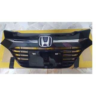 Honda Vezel Original Front Grille - Honda (Pre-Facelift)