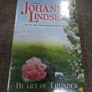 Heart of Thunder - Cinta Yang Tersisa by Johanna Lindsey