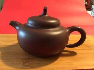 紫砂茶壺:如相片所示