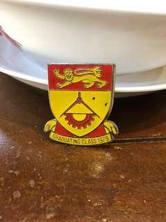 graduating class 1979 batch badges