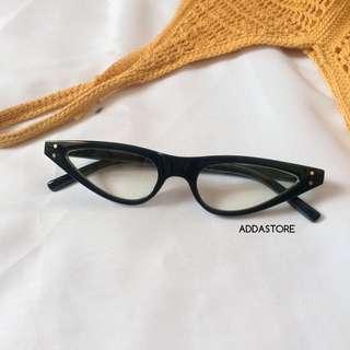 Vintage Cat Eyewear