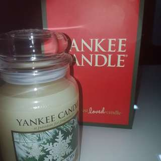 Yankee Candle- sparkling snow