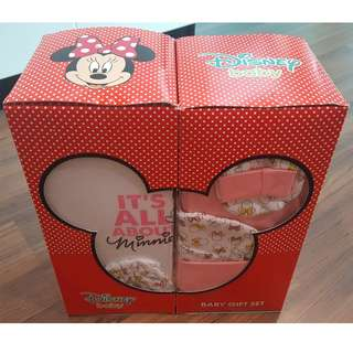 NEW Disney Baby Minnie 5 pcs Gift Sets 0-6months