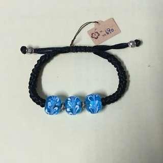 排灣族文化琉璃珠(月牙之珠)代表著幸福美滿