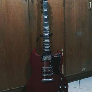 Epiphone sg worn cherry