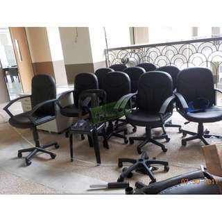 Office Furniture-Office Partition**KHOMI**Executive Chairs