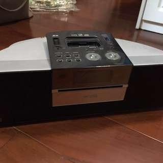 cd(cd recording), usb player, radio,iPod/iPhone (舊插) 靚聲,remote control