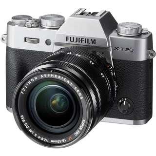 FUJIFILM XT20 with kit lens 18-55mm