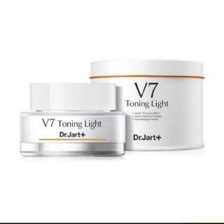 DR.JART++ V7 TONING LIGHT