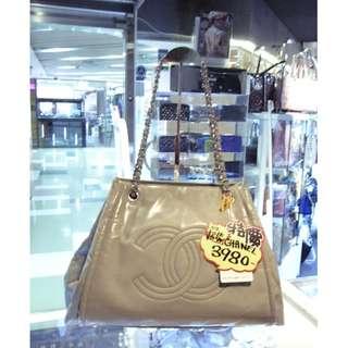 Chanel CC Logo Light Gray Leather Chain Shoulder Hand Bag 香奈兒 淺灰色 漆皮 皮革 鍊袋 肩袋 手挽袋 手袋 袋