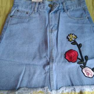 Denim skirt with patch size 26