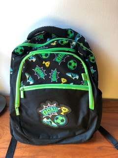 Smiggle backpack - preloved, foot ball theme