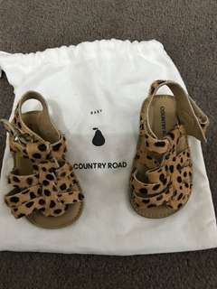 Country road baby newborn shoes 0-3 months