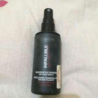 Infallible setting spray