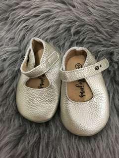 Little jones baby shoes 0-6 months