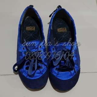 Authentic Onitsuka Tiger Blue satin Flat Shoes Sz38