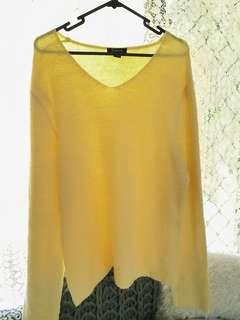 Baby yellow Vneck jumper